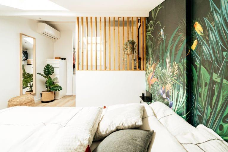 sousletoit-renovation-jeremydugas-architecte-interieur-decoration-travaux-aménagement-montpellier-herault-papier-peint-jungle-wood-deco